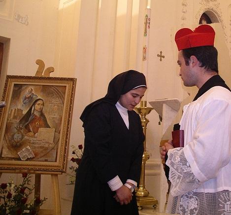 Mons.Falcoiae Suor Celeste Crostarosa in una breve rappresentazione tenuta nella chiesa del Monastero di Scala il 25 aprile 2005.