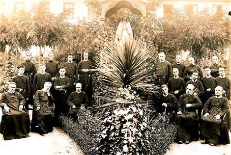 Stantiago del Cile 1901 - La Comunità redentorista: tra i Padri dovrebbe trovarsi il P. Philémon Vasseur.