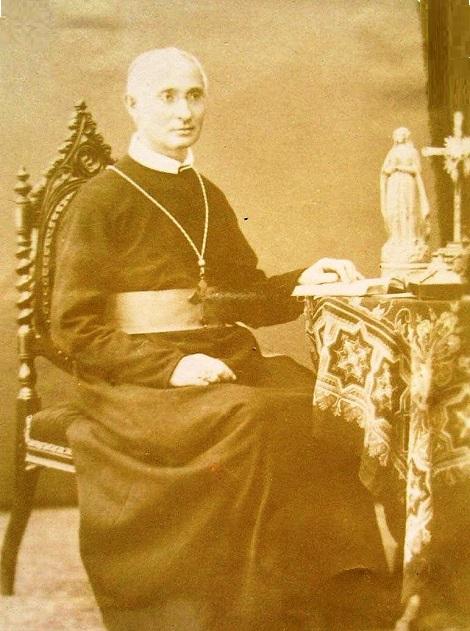 Mons. Alfonso Giordano, missionario e vescovo redentorista secondo il cuore di S. Alfonso. Originario di Montefredane (AV), morì a Napoli nel 1908.
