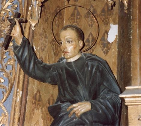 Madrid, chiesa del Perpetuo Socorro - Particolare della statuetta lignea che orna l'altare di San Clemente.