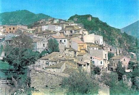 Un scorcio di Ricigliano in una foto presa da internet. E' in provincia e diocesi di Salerno. - Fu la patria del giovane redentorista P. Gerardo Gisone.