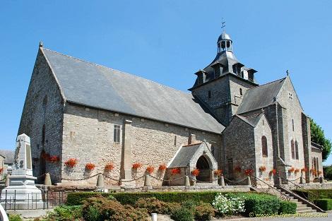 Pérouse (francia) l'attuale ciesa di  Bazouge. A Pérouse un tempo c'era una Casa redentorista, dove nel 1892 morì Fratello Placide.