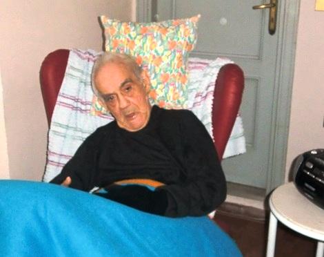 P. Giacomo Alessi ha vissuto con serenità le sue lunghe infermità e soprattutto la forzata inabilità, offrendo sempre un sorriso accogliente.