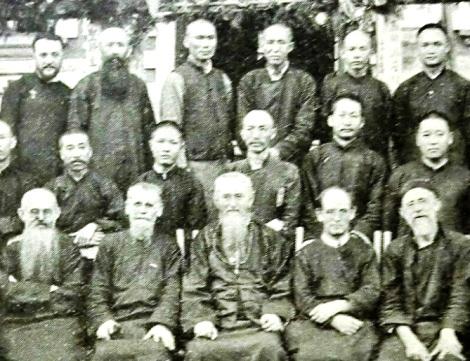 Cina 1938 = i Padri Arnaiz e Miguelez partecipano al giubileo di Baudry (particolare di foto).