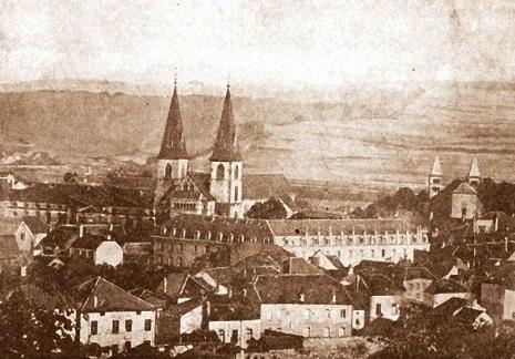 Echternach, Luxembourg. Antica foto della Casa redentorista che ospitò i giovani in formazione, che ebbero in P. François Ratté una bella guida.