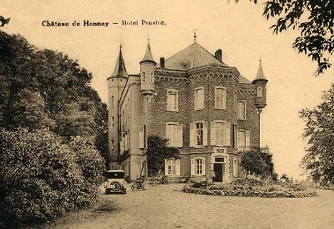 Honnay (Belgio) - L'antico castello trasformato in hotel. In questa piccola località belga morì nel 1916 il P. Charles Simonin.