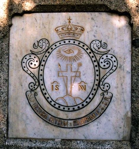 La lapide marmorea al cimitero di Contamine che segnava la sepoltura dei Redentoristi. Il P. Joseph Vouaux vi fu sepolto nel 1882.