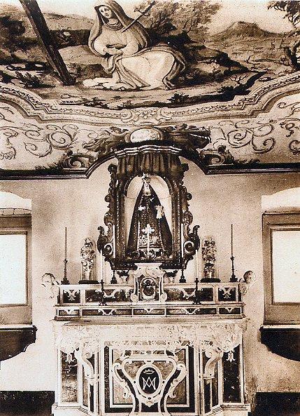 Pagani (SA) – Antica foto della Cappella dell'Addolorata nella Casa fondata da S. Alfonso, dove morì da rettore il P. Giovanni Battista Potenza originario di Tito (PZ).