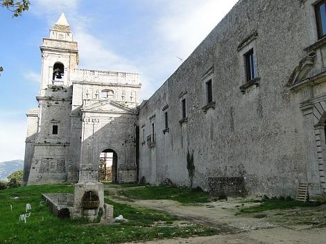Il complesso di S. Maria del Bosco in Contessa Entellina, provincia di Palermo, che fu la patria del redentorista P. Gioacchino Ferrara;  egli vi morì nel 1875 ricordato da tutti come l'Apostolo della Sicilia.