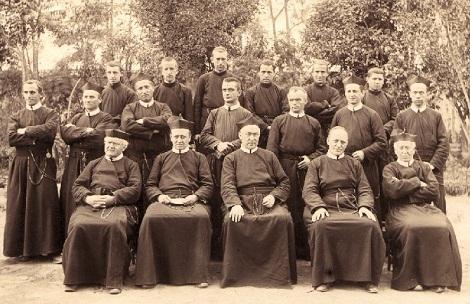 Ecuador - La Comunità di Riobamba nel 1904: Fratello Léonce vi era morto l'anno prima.