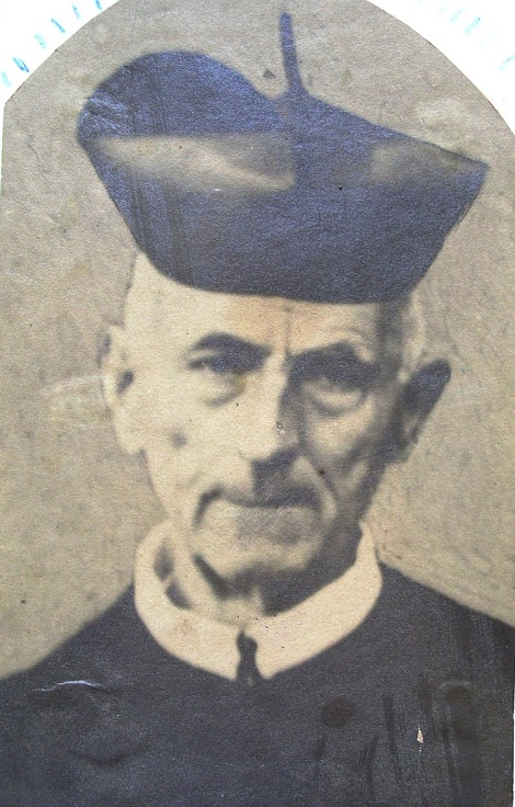 P. Francesco Saverio Amabile, redentorista di Avellino, fu il fondatore della Casa redentorista nella città. Aveva un fratello che volle farsi fratello laico redentorista. Morì nel 1895.