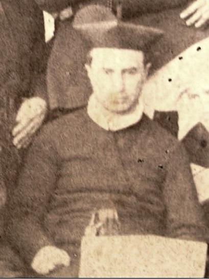 P. Giuseppe Fantetti estratto da una foto di gruppo nel 1866 quando da rettore di Tropea accolse i Padri espulsi da Catanzaro. Originario di Torremaggiore (FG)  fu stimato e venerato dappertutto. Morì in Ciorani nel 1896.