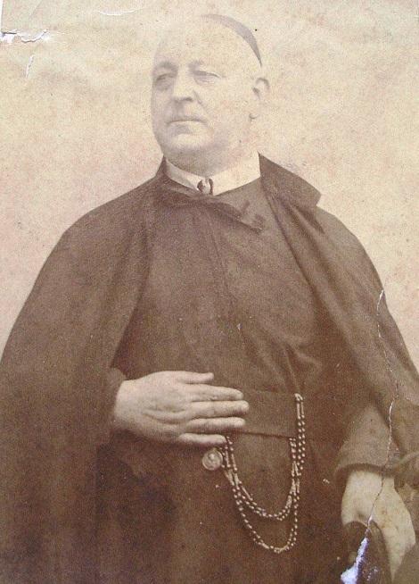 Ritratto fotografico di P. Francesco Saverio Imperio, redentorista originario di Mercato San Severino. Si dedicò totalmente alla sua missione e al mantenimento delle Case redentoriste. Morì nel 1896.