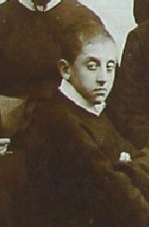 Il giovane Novizio redentorista Gennaro Bochicchio a Ciorani da una foto di gruppo nel 1892.