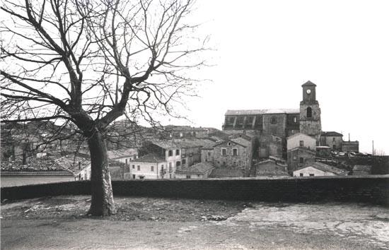 Antica foto di Sant'Angelo dei Lombardi (AV), patria del redentorista P. Pasquale Bergamo, che vi morì nel 1895.