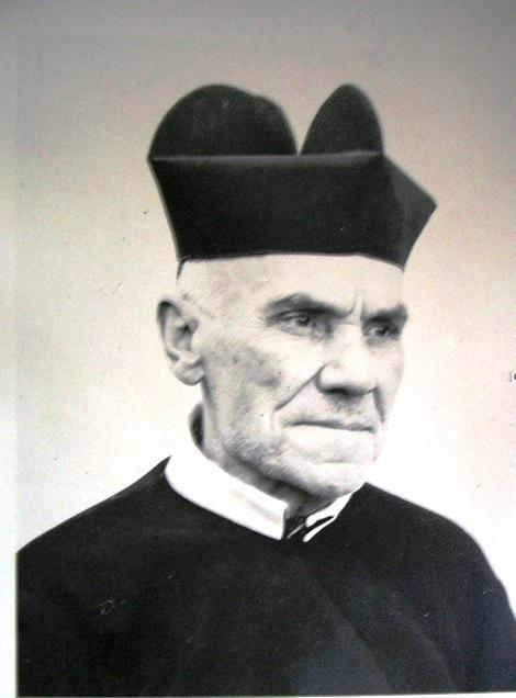 Ritratto fotografico del P. Vincenzo Venditti, redentorista originario della provincia di Foggia. Molto pio e sensibile, morì nel suo paese nel 1898.