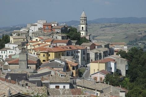 Andretta (AV) è stata la patria del redentorista P. Alfonso Mauro, che vi morì nel 1905.