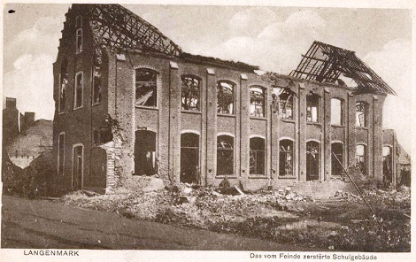 Langemarck (Belgio) 1918. Scuola distrutta dai bombardamenti. Qui morì Fratello Emmanuel Cyrille Cériez a seguito delle ferite riportate nel bombardamento.
