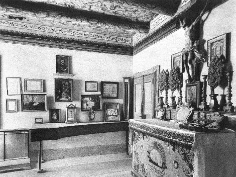 Pagani (SA). Antica foto della stanza di S. Alfonso dove erano esposti i suoi ricordi. – Fratello Carmine Pepe fu per diversi anni di residenza a Pagani, come economo, e vi morì nel 1905.
