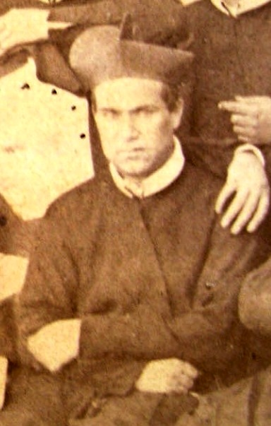 P. Giovanni Pavone, redentorista pugliese, missionario in Calabria per molti anni. Fu l'ultimo superiore di Tropea, quando ci fu la soppressione e chiusura definitiva. Morì a S. Andrea Jonio nel 1901.