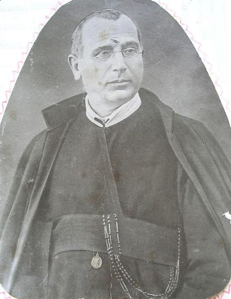Ritratto fotografico de P. Bonaventura Barbato, redentorista originario di Raito (SA). Molto stimato e accolto da tutti. Morì nel 1914.