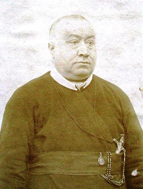 Ritratto fotografico di P. Donato Tramontano, redentorista originario di Polla, in provincia di Salerno. Uomo di grande bontà e di sicuro affidamento.