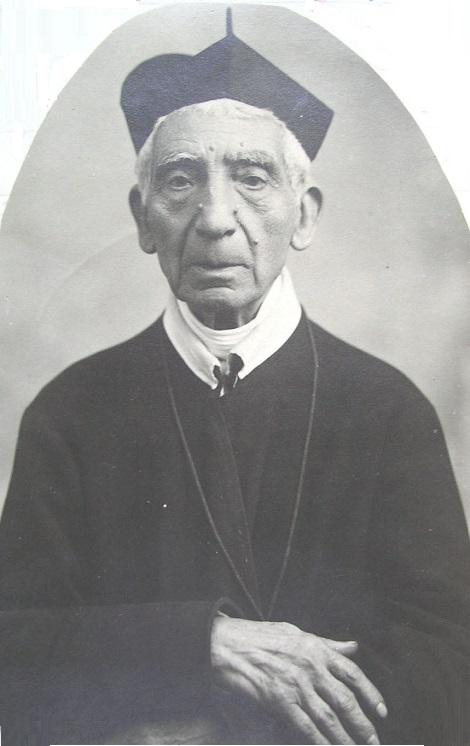Il P. Ignazio Vittoli, redentorista originario di Castelfranci (AV) visse, con le dovute autorizzazioni, quasi sempre in famiglia; ma fu benemerito dell'Istituto. Morì a Napoli nel 1916.