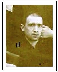 Rara fotografia del Fratello Francesco Gaudio, originario di Cosenza, durante il suo noviziato nel 1895. Stimato e amato da tutti, morì a S. Andrea dello Jonio nel 1926.