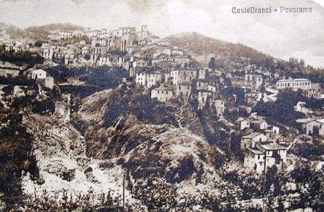 Antica cartolina illustrata di Castelfranci (AV). Patria di alcuni Redentoristi, tra cui il Fratello Lui Saverio Colella morto a 22 anni di età.