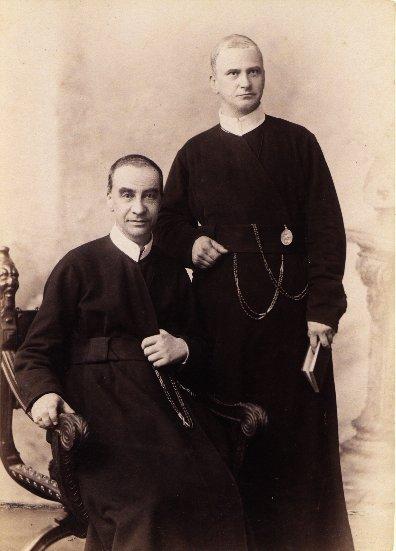 I due fratelli sacerdoti Dilgskron: Otto, il più giovane (1845-1923) e Karl, grande storico (1843-1912).
