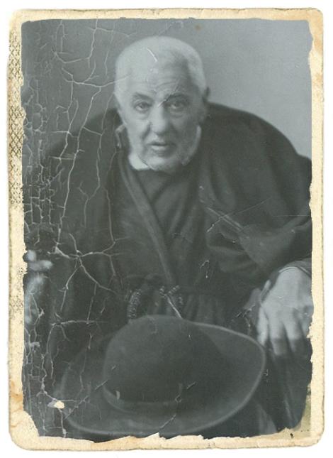Il redentorista P. Raffaele Villanacci C.Ss.R. 1851-1936  Italia, della Provincia di Napoli. Era un sacerdote della diocesi di Benevento, quando divenne redentorista nell'età matura. Ha lasciato profonde tracce della sua spiritualità semplice e giocosa. Fu molto amato dal popolo di Pagani, che lo venerava e amava.