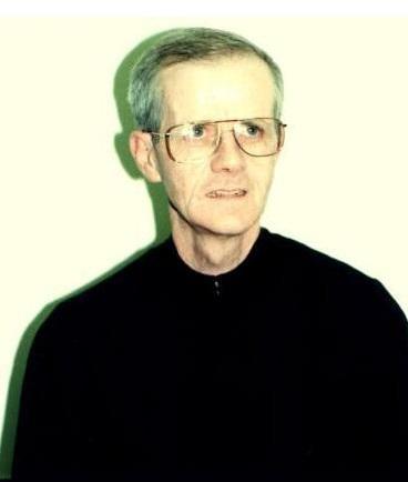 Il redentorista Fratello Robert Paul Skinner, C.Ss.R. 1938-2015 – USA, Provincia di Baltimora. Amabile confratello, ha servito alla mensa comunitaria e alla libreria religiosi della Provincia. Ha guidato il segretariato provinciale dei Fratelli. Lavoratore infaticabile, è morto a 77 anni.