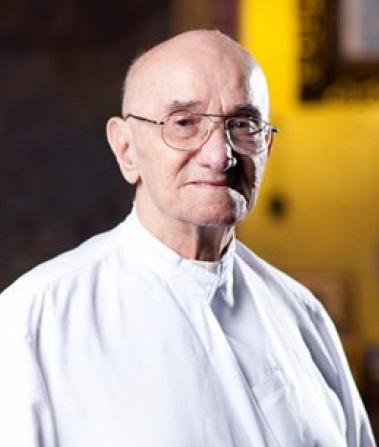 Il redentorista P. Francis Gautreaux, C.Ss.R. 1925-2015 – USA, Provincia di Saint Louis, poi in Thailandia. Giovane sacerdote, fu destinato alle missione oltremare; prima in Brasile e poi in Thailandia.