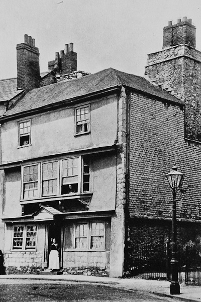 Nessuna immagine del redentorista Fratello Patrick Spillane, C.Ss.R. 1897-1967 – Regno Unito, Provincia di Londra. È morto nel 1967a Plymouth, dove i Redentoristi hanno avuto una Casa dal 1964 al 2001 (nella foto: vecchio edificio, ora abbattuto).