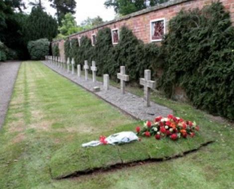 Hawkstone, la tomba del redentorista Fratello Francis Richard Golding, 1924-2009 – Irlanda, Provincia di Londra.