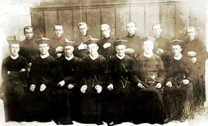Nessuna immagine del redentorista Fratello Josef Klofac, 1863-1950, Boemia, della Provincia di Monaco. (Nella foto: i primi redentoristi arrivati a Goyas, Brasile, dal 1893 in poi).