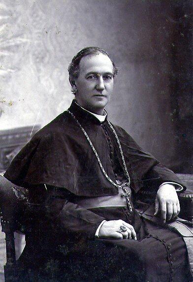 Il redentorista Mons. William Gross, 1837-1898 – USA, Provincia di Baltimora; vescovo di Savannah e poi Oregon City, USA. Morì in Baltimora nel 1898.