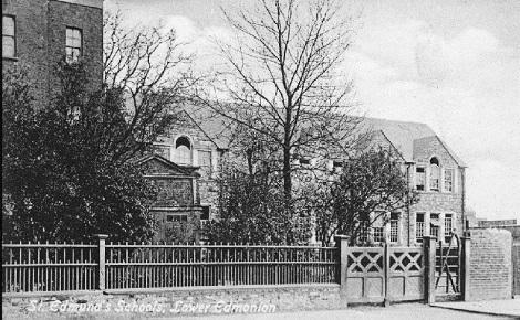 Nessuna immagine del redentorista P. John Patrick Martin C.Ss.R. 1904-1955 Canada, della Provincia di Toronto. Scozzese di nascita, emigrò piccolo in Canada, dove ebbe la vocazione redentorista.