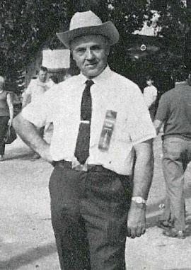 il redentorista Fratello Paul_Emile, David Fontaine, 1915-1990, Canada, Provincia di Sainte Anne-de-Beaupré. Singolare figura di fratello coadiutore, esperto per la qualificata crescita del bestiame, funzionario del Ministero dell'Agricoltura del Québec. Morì a 75 anni.