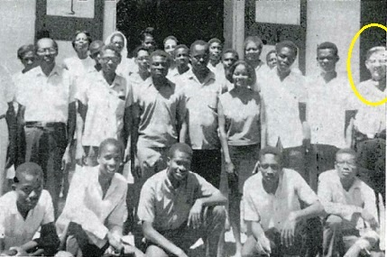 Il P. Claessens con un gruppo di catechisti della Parrocchia di S. Gerardo in Port-au-Prince (Haiti).