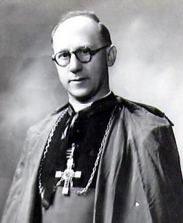 Il redentorista Mons. Antoine Demets, C.Ss.R. 1905-2000 – Belgio, Provincia di Flandrica, vescovo ausiliare di Roseau nelle Antille, ma dimessosi per una malattia agli occhi nel 1954. Morì nel 2000 a 95 anni.