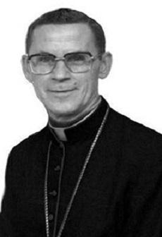 Il redentorista Mons. José Rodrígues de Souza, C.Ss.R. 1926-2012 – Brasile, Provincia di S. Paolo. Fu nominato vescovo della diocesi di Juazeiro il 12 dicembre 1974 e consacrato il 9 febbraio 1975. Le su dimissioni, allo scadere del 75mo anno vita, furono acettate il 4 giugno 2003.  Da allora fece residenza nella Comunità redentorista di Trindade, dove si dedicava al Santuario del Divino Pai Eterno. Morì in  Goiânia il 9 settembre 2012, a 86 anni.