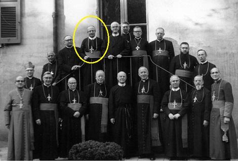 Vescovi redentoristi al Conclio Vaticano II nel 1962. Mons. Malanchuk è nel tondino giallo.